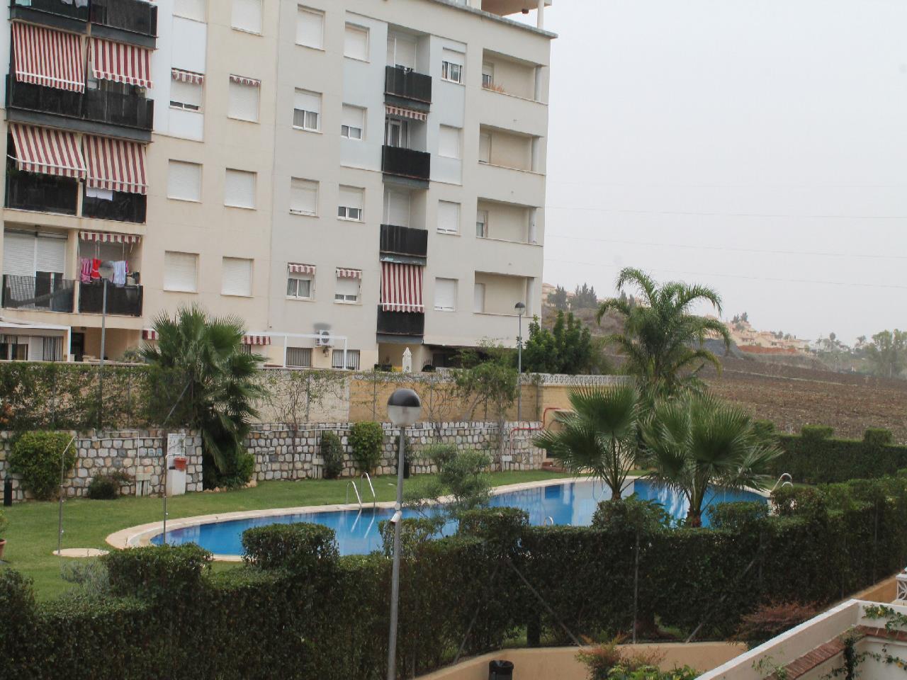 APARTAMENTO en venta en nueva andalucia-puerto banus 150.000 €